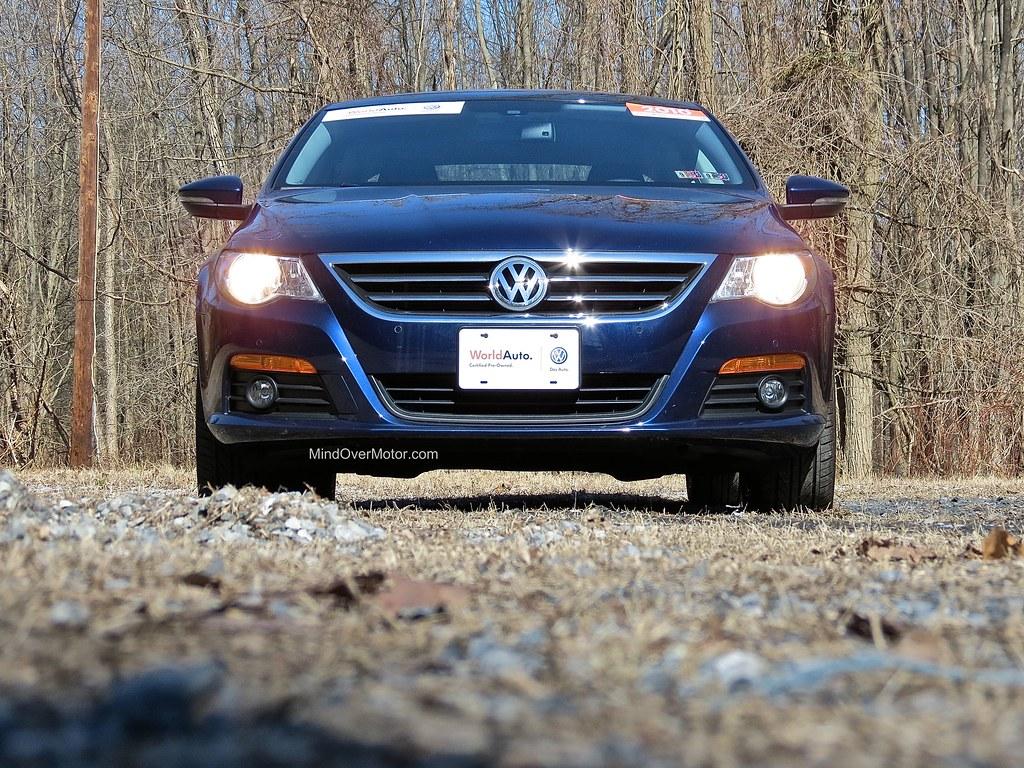 Volkswagen CC 2.0T Front