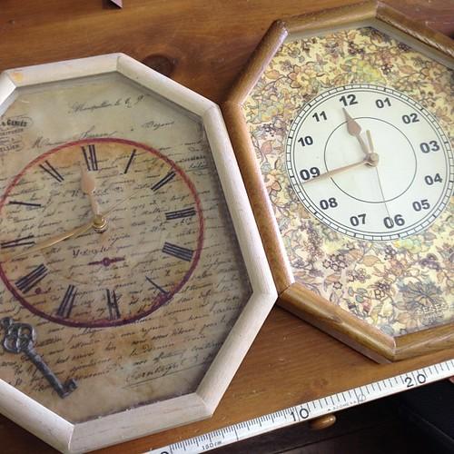 お気に入りの時計を落として、壊してしまったのでまた他の時計をさん、リフォームしてみました(*^^*)リバティ柄もいいよね(*^^*)