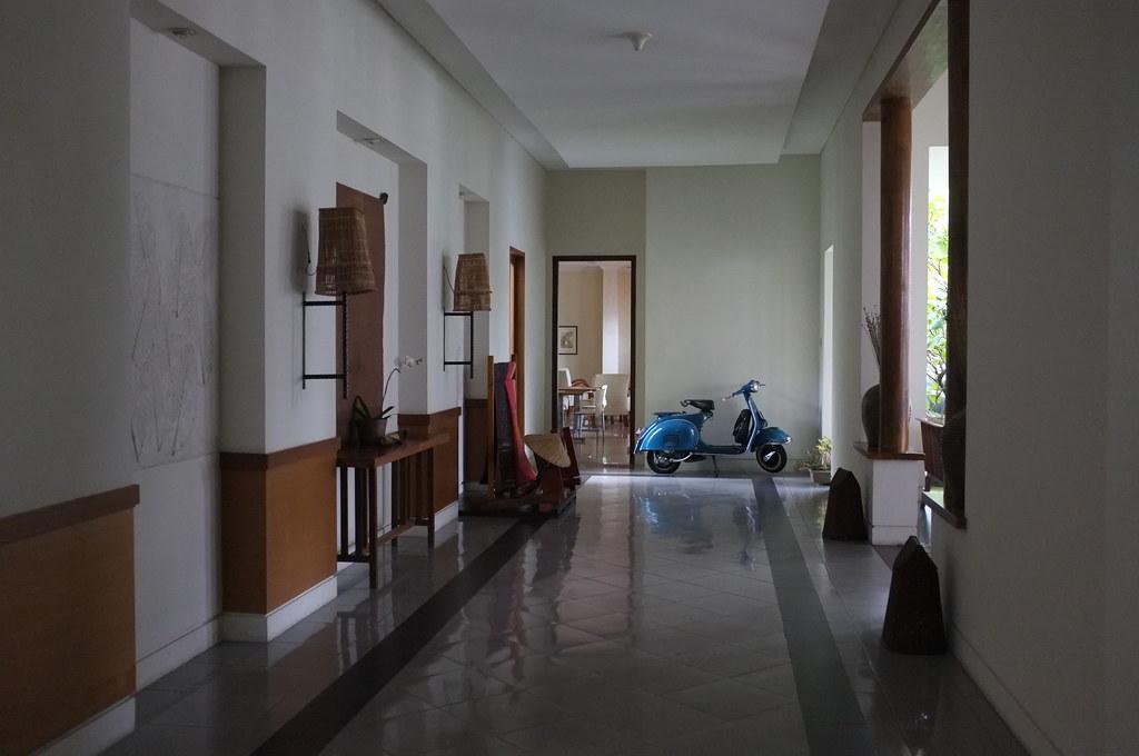 the Billiton Hotel