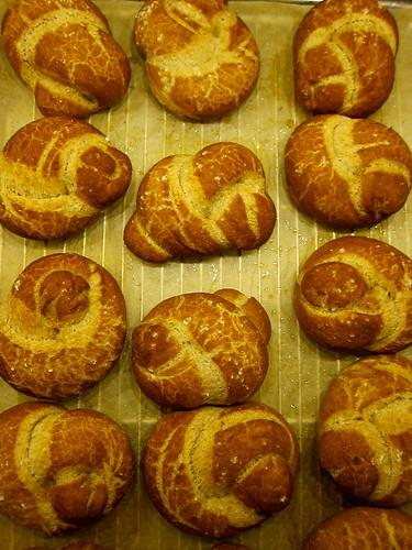 Buttermilk Pretzel Knots
