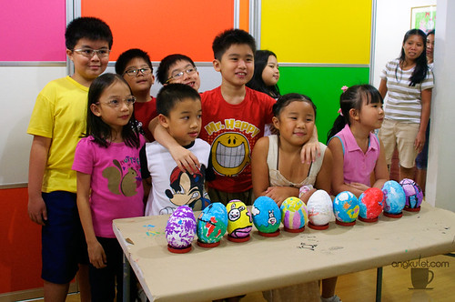 Young Artist's Studio: Easter Egg Painting