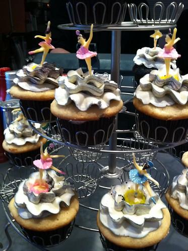 Swan Lake Cupcakes