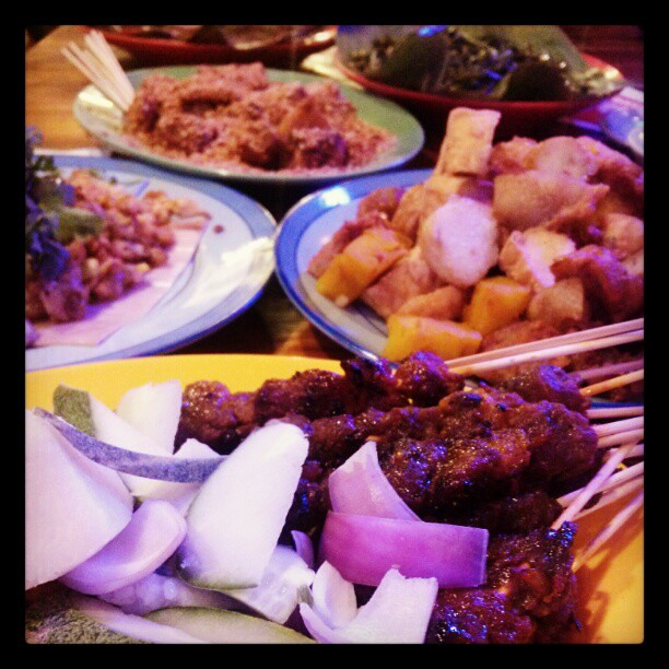 Assorted Singapore hawker food at the Singapore Food Trail, Singapore Flyer