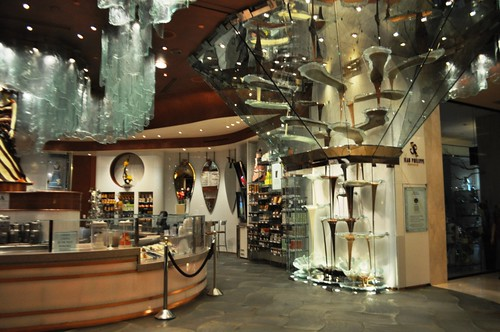 World's Largest Chocolate Fountain is in the Bellagio Las Vegas