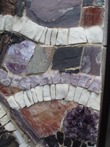 200908220338_parc-de-wesserling-stone-mosaic