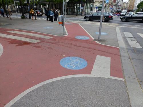 Wien Pavement Junction