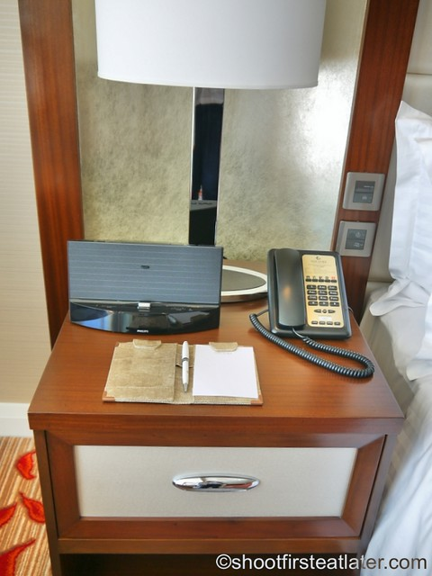 Solaire Resort and Casino- standard room-001