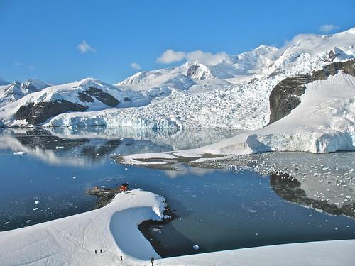 Vantage showing the glacier