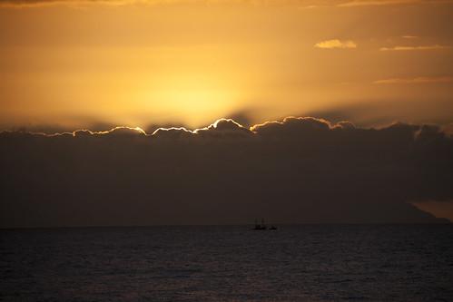 Behind the Clouds (Playa de las Americas, Tenerife) - Photo : Gilderic