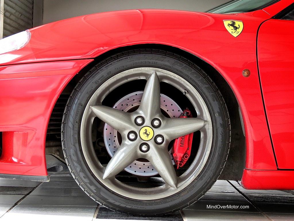 Ferrari 360 Modena wheel