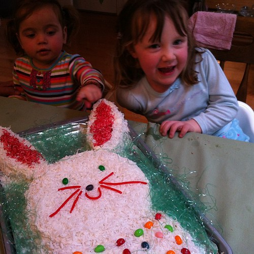 Om nom nom #bunny #cake!