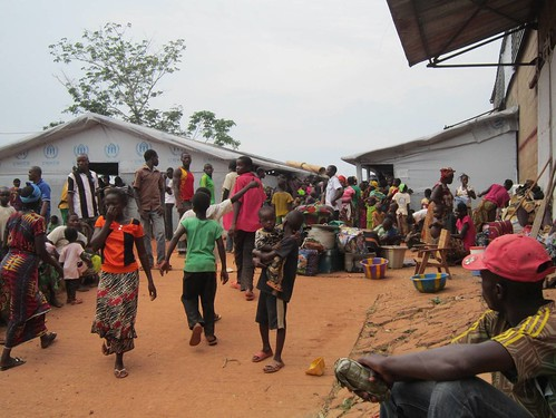 UNHCR News Story: Hundreds more flee Central African Republic to escape fresh violence by UNHCR