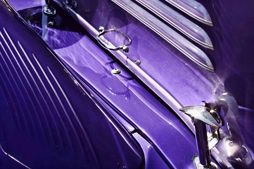 Detail of a purple vintage Willys. Photo copyright Jen Baker/Liberty Images; all rights reserved.