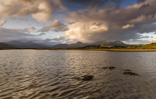 The heart of Eryri - Looking towards home from Y Cob