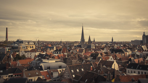 A Sea of Roofs (Gand, Belgique) - Photo : Gilderic