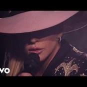 Million Reasons (Live From The Bud Light x Lady Gaga Dive Bar Tour - Nashville/2016)