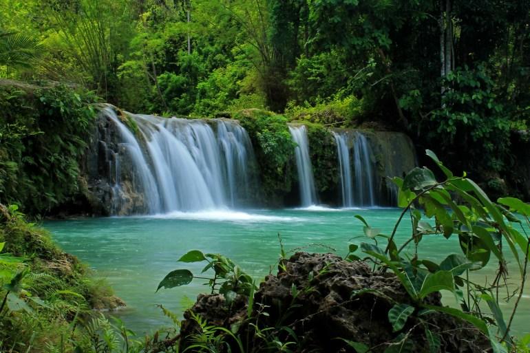 Cambuhagay Falls