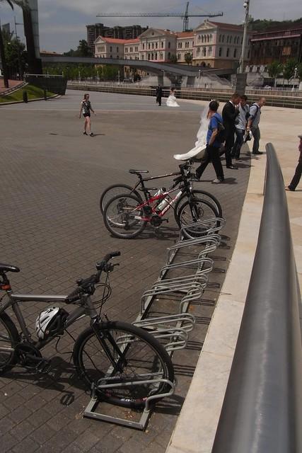 Aparcamiento para Bicicletas en el Museo Guggenheim Bilbao