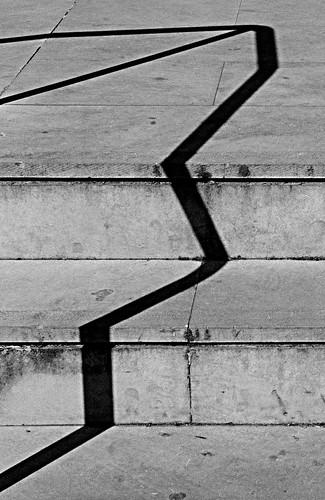 A l'escala hia una dona by Barcelombres