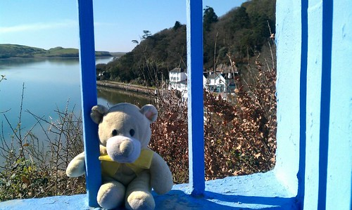 Holding on .. at Portmeirion