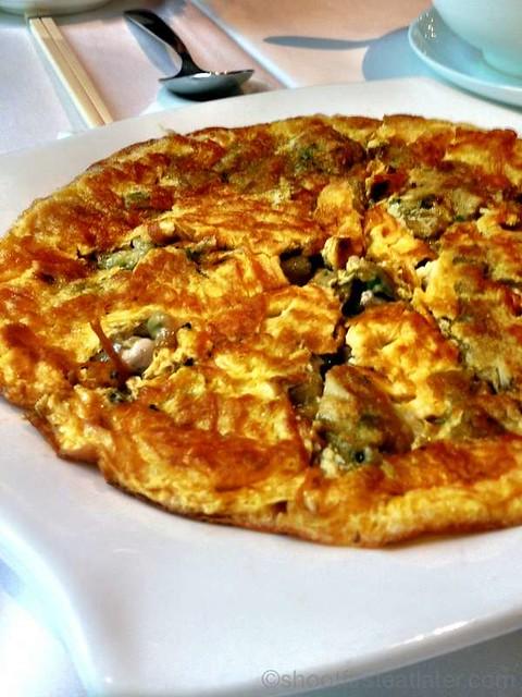 oyster omelet HK$98