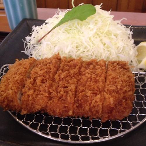 東京Xヒレかつ膳