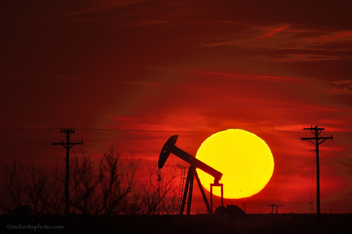 Pumpjack and Sun - 2_DSC6900