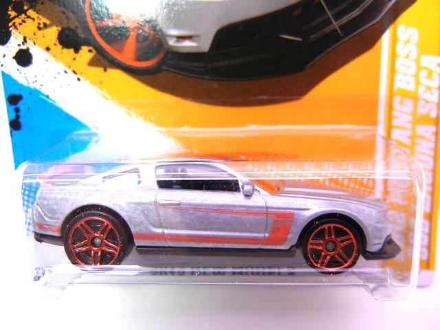 hot wheels 2012 mustang b oss 302 laguna seca silver (2)