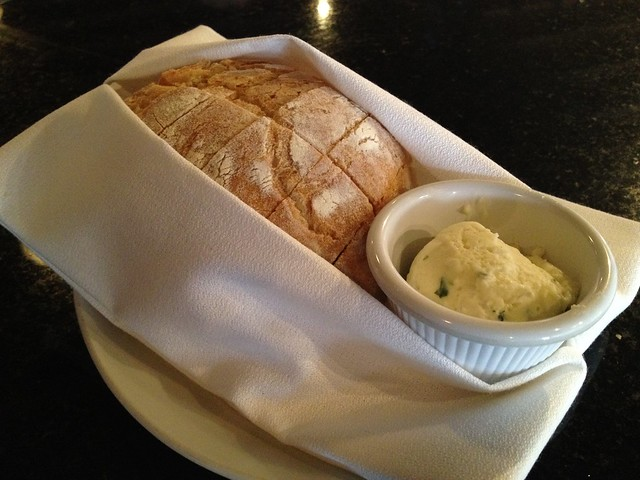 Housemade bread and butter - Magnolias