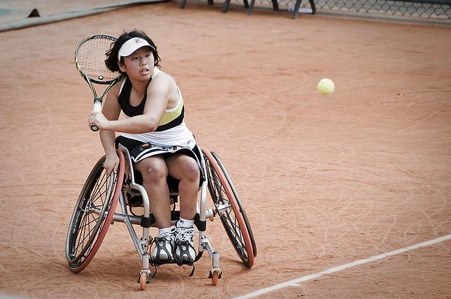 Toujours aussi spectaculaire le tennis en fauteuil