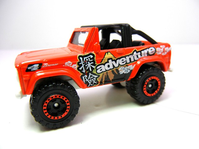 matchbox ford bronco 4x4  (3)