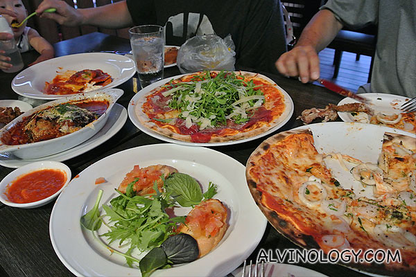 Pizza feast