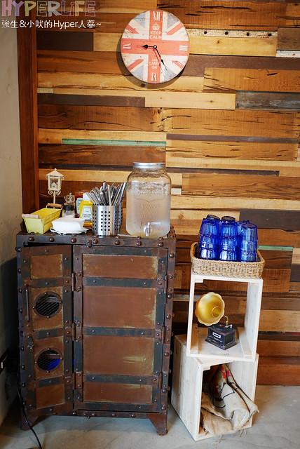 29646292805 e82b672ffe z - 工業風裝潢x豐盛早午餐讓心和胃都好飽足,來好拍又好吃又健康的《Heynuts Café 好堅果咖啡》根本一舉二得!!