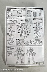 1-200 RX-78-2 Nissin Cup Gunpla 2011 OOTB Unboxing Review (15)