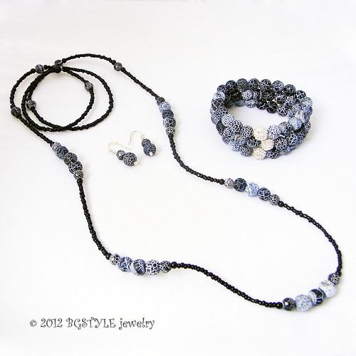 Frosted Black White Agate Onyx Necklace Bracelet,Earriings