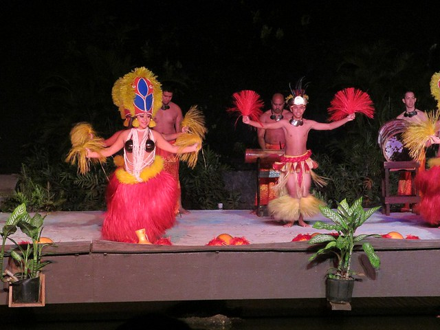 Tahitian Drum Dance