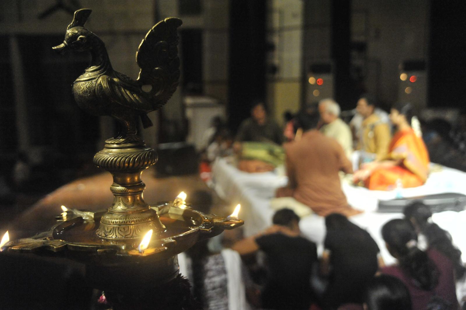 lighting the world, T V Sankaranarayanan, Carnatic Vocal
