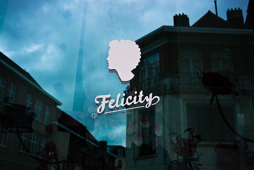 felicity by frostis
