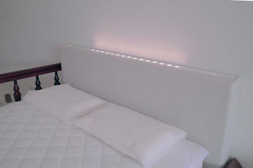 掀床工廠推薦款-時尚白橡床台-高質感排骨透氣掀床床架組3