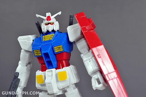 1-200 RX-78-2 Nissin Cup Gunpla 2011 OOTB Unboxing Review (43)