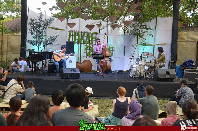Ubud Village Jazz Festival 2016 - Youn Woo Park Trio (1)