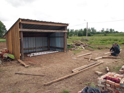 Construction : 3 murs et le toit !