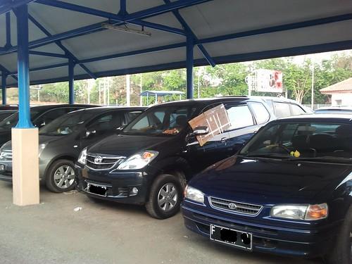 Parkir Mobil Inap Bandara (3/3)