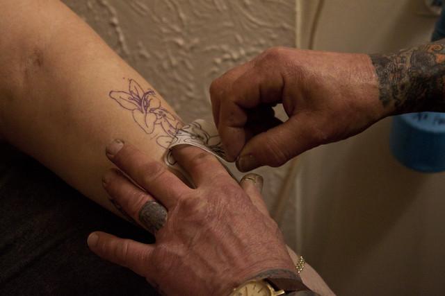 Tattoo Photo Essay - Applying the Design