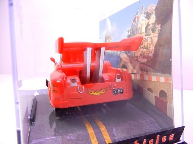 disney store cars 2 chase lightning mater (3)