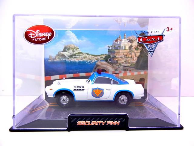 disney store cars 2 security finn (1)
