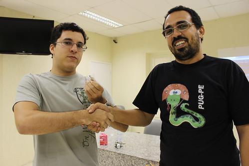 Público ganhando os brindes da PythonBrasil!