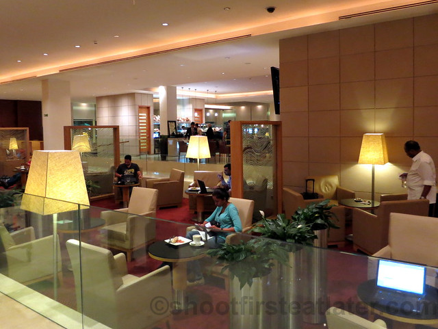 Qatar Airways Business Class Lounge at Doha International Airport-008