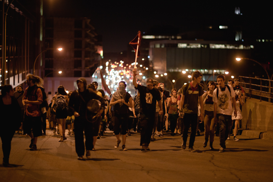 130e manifestation nocturne [Photos Thien V]