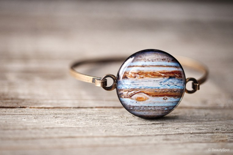 Jupiter bracelet by BeautySpot